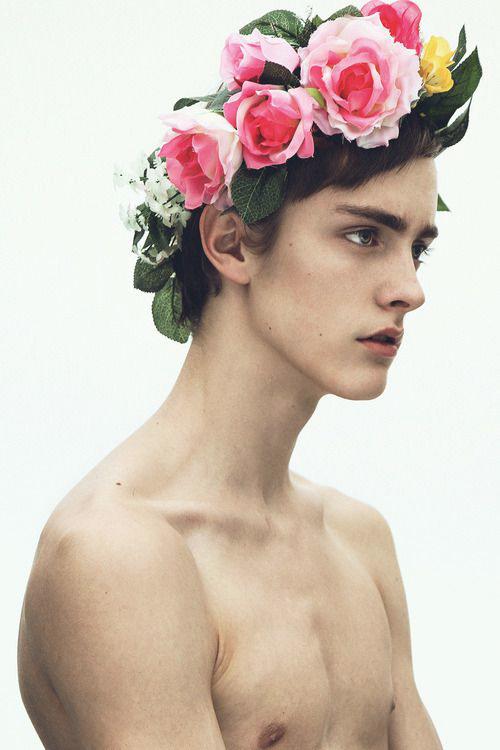 homme_fleurs