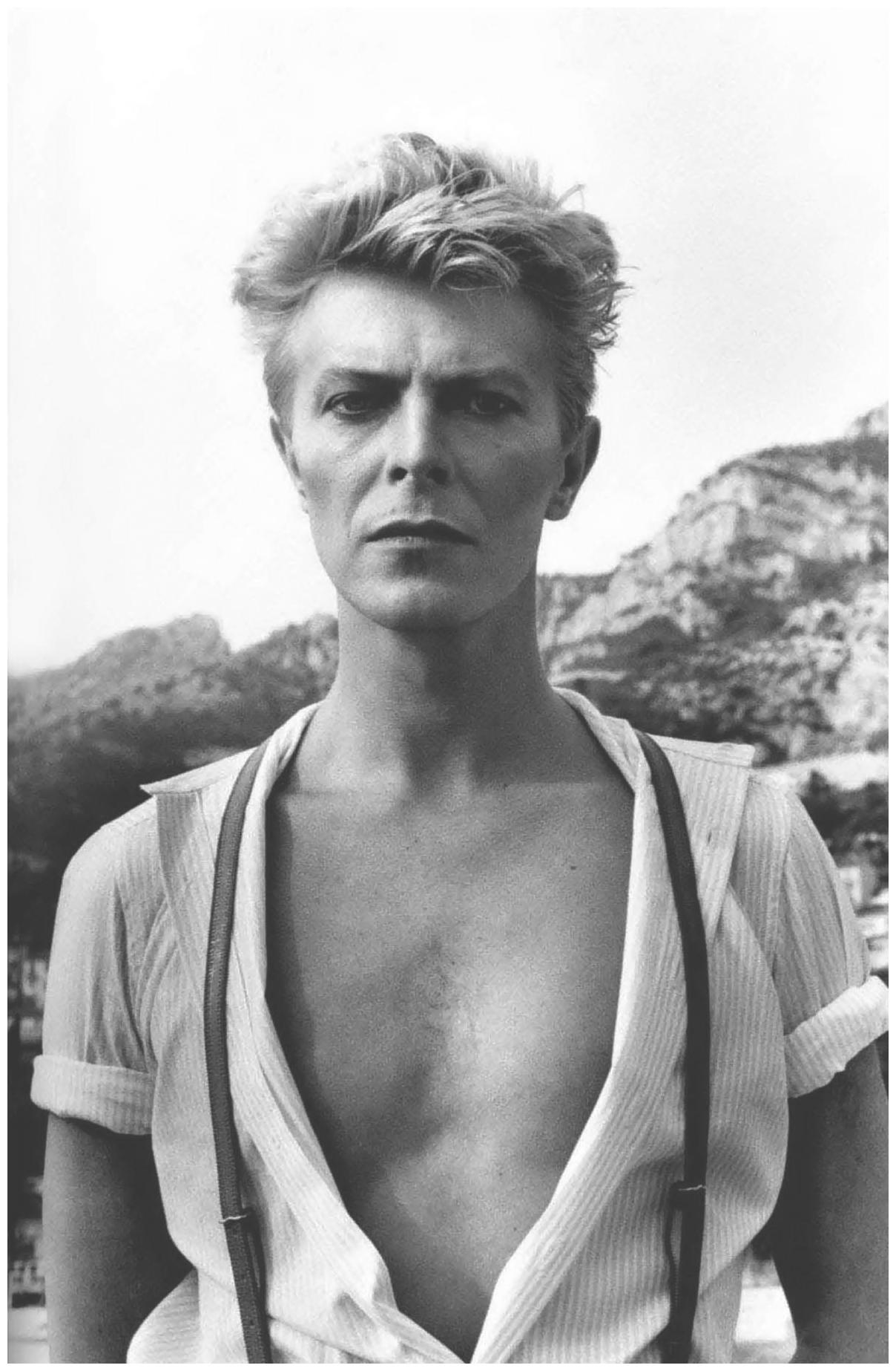 david-bowie-helmut-newton-1983